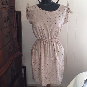 Soprano Sleeveless Dress.